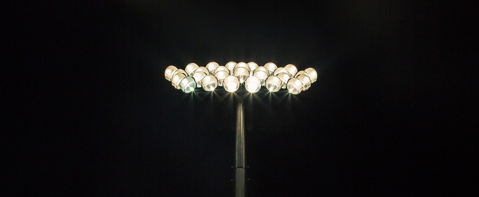 flood-lights-691869_960_720
